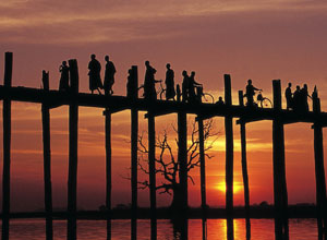 Ubein bridge at sunset