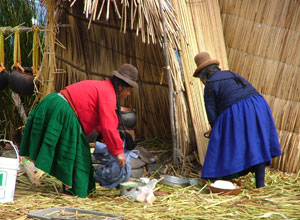 Women on Uros Island