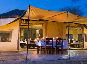 The dining tent of your Tarangire camp