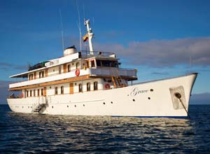 The Grace yacht, Galapagos