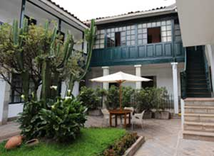 Relax in the courtyard at Casa Andina Standard Koricancha