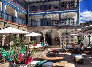 El Mercado courtyard