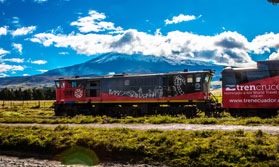 Ecuador cruise train